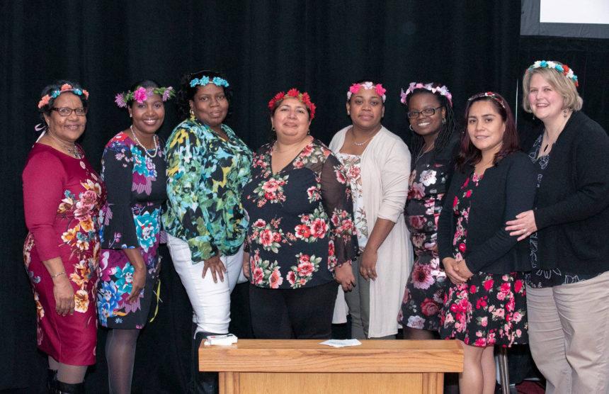 Alcanzando Mujeres de Culturas Diferentes que Mi Propia