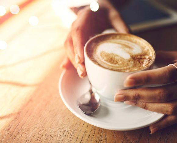 Febrero 2022 – Celebremos la amistad con un café y compartamos la esperanza  una taza a la vez